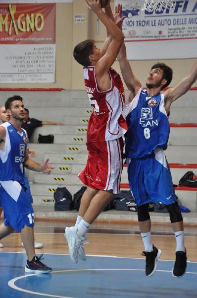 https://www.basketmarche.it/immagini_articoli/27-09-2018/montemarciano-fissa-altre-amichevoli-dettagli-600.jpg