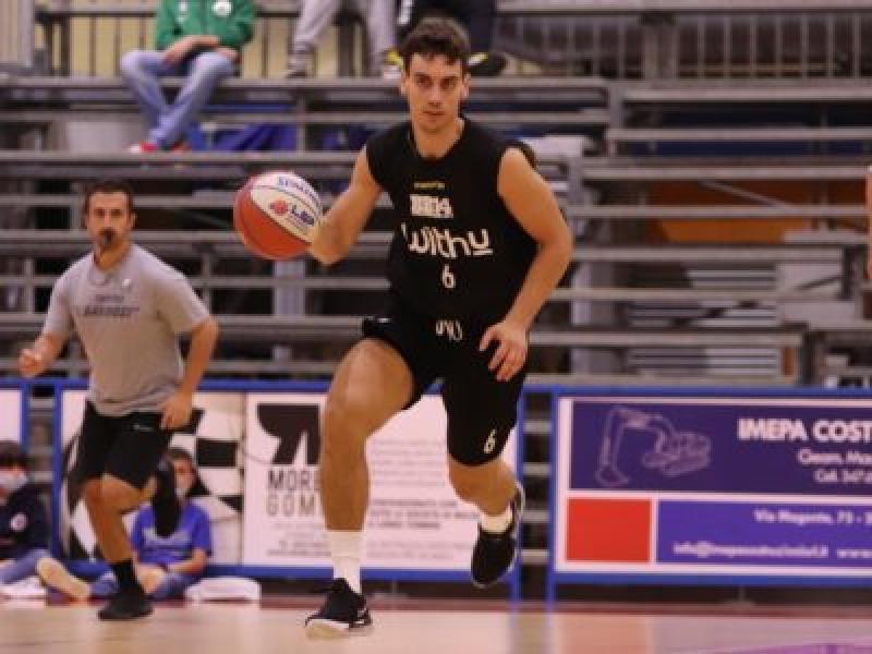 https://www.basketmarche.it/immagini_articoli/27-09-2020/bergamo-basket-buona-prima-amichevole-sangiorgese-basket-600.jpg
