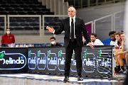 https://www.basketmarche.it/immagini_articoli/27-09-2021/aquila-basket-trento-coach-molin-visto-squadra-cresciuta-anche-manca-ancora-qualcosa-120.jpg