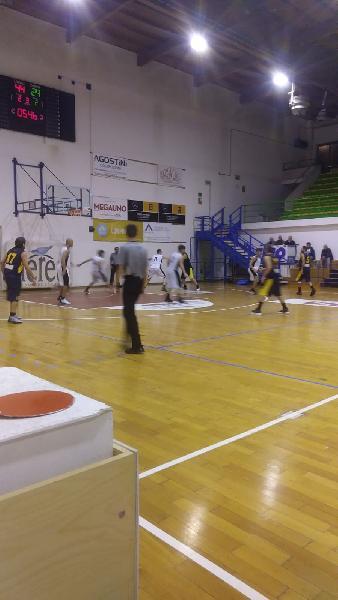 https://www.basketmarche.it/immagini_articoli/27-10-2018/ottimo-tappato-guida-88ers-civitanova-vittoria-victoria-fermo-600.jpg