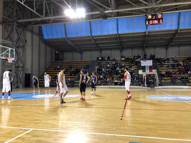 https://www.basketmarche.it/immagini_articoli/27-10-2018/unibasket-lanciano-espugna-matelica-dopo-grande-rimonta-rimane-imbattuto-600.jpg