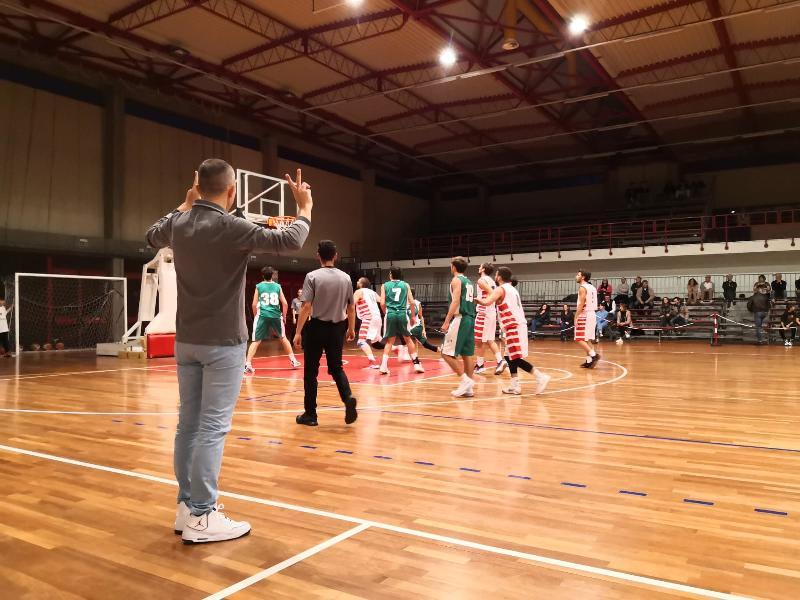 https://www.basketmarche.it/immagini_articoli/27-10-2019/niente-fare-stamura-ancona-campo-capolista-tolentino-600.jpg