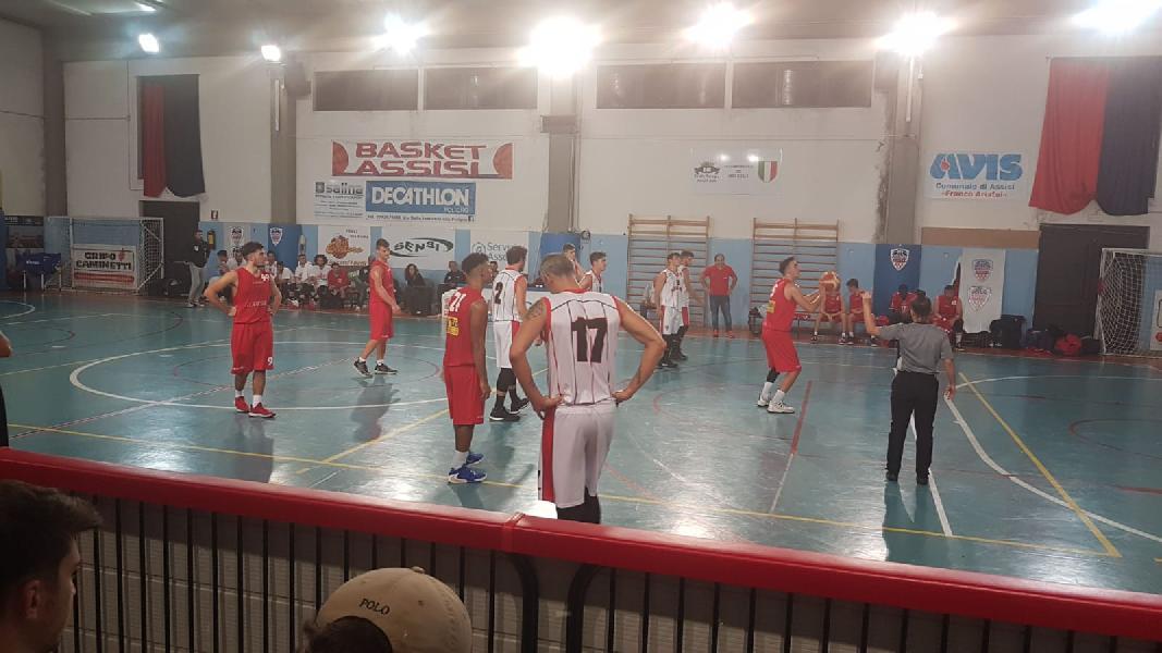 https://www.basketmarche.it/immagini_articoli/27-10-2019/ottimo-basket-assisi-supera-favl-basket-viterbo-conserva-imbattibilit-stagionale-600.jpg