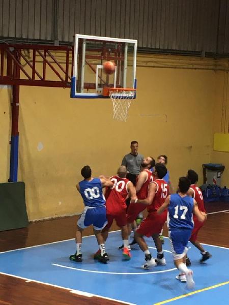https://www.basketmarche.it/immagini_articoli/27-10-2019/pallacanestro-ellera-espugna-campo-rimaneggiato-citt-castello-basket-600.jpg