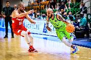https://www.basketmarche.it/immagini_articoli/27-10-2021/dinamo-sassari-battuta-prometey-incassa-terzo-stop-fila-120.jpg