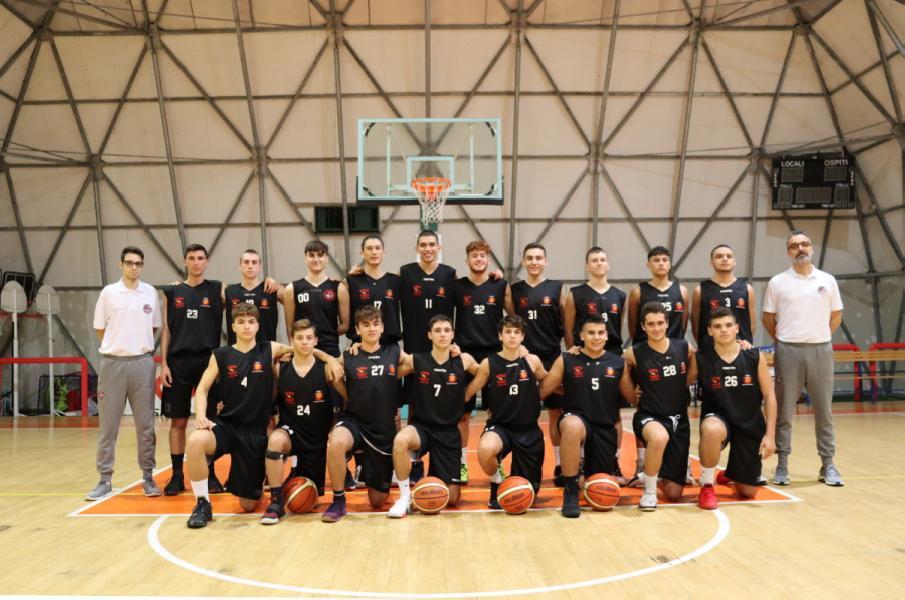 https://www.basketmarche.it/immagini_articoli/27-11-2019/punto-settimanale-andamento-squadre-giovanili-robur-family-osimo-600.jpg