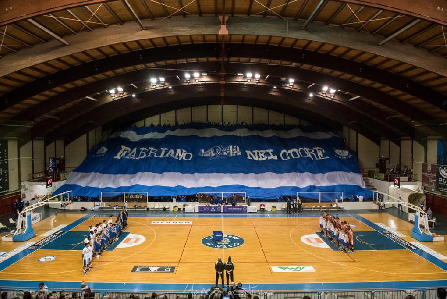 https://www.basketmarche.it/immagini_articoli/27-12-2018/info-prevendita-biglietti-derby-janus-fabriano-pallacanestro-senigallia-600.jpg