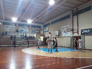 https://www.basketmarche.it/immagini_articoli/28-01-2018/d-regionale-convincente-vittoria-per-il-marotta-basket-contro-il-basket-durante-urbania-270.jpg