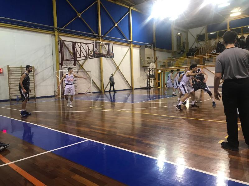 https://www.basketmarche.it/immagini_articoli/28-01-2019/basket-gubbio-supera-nettamente-atomika-basket-spoleto-600.jpg
