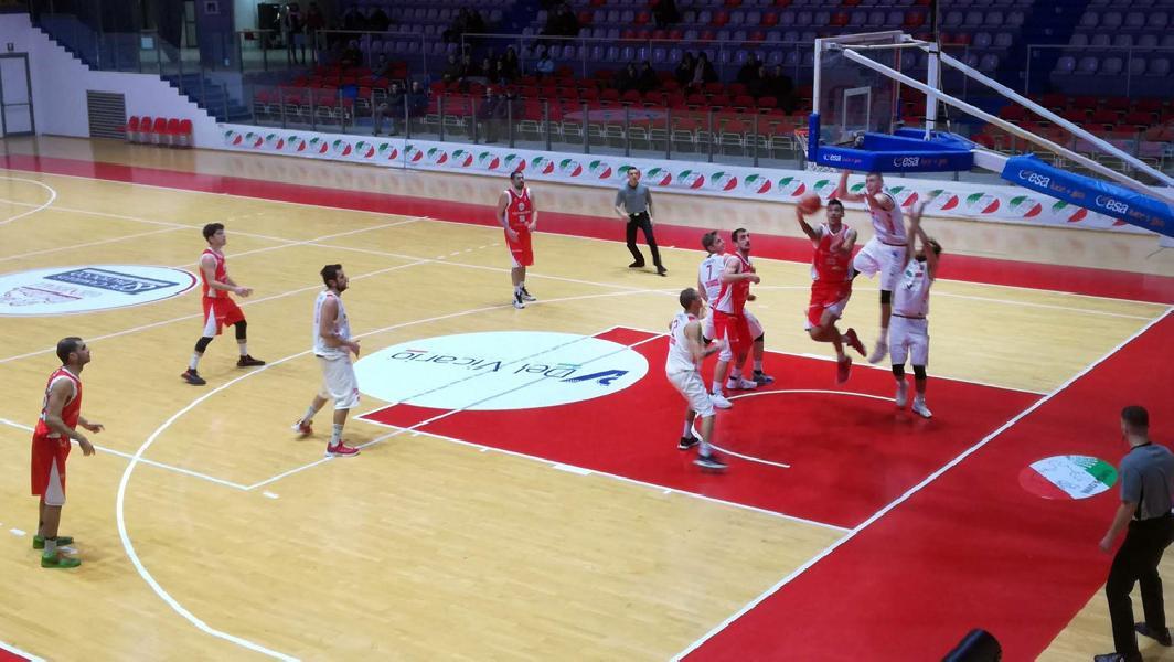 https://www.basketmarche.it/immagini_articoli/28-01-2019/tasp-teramo-espugna-chieti-coach-stirpe-bravi-controllare-gara-inizio-600.jpg