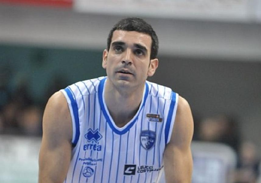 https://www.basketmarche.it/immagini_articoli/28-01-2020/clamoroso-colpo-mercato-spartans-pesaro-ufficiale-arrivo-michele-cardinali-600.jpg