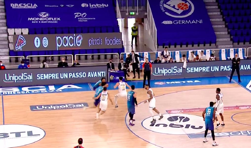 https://www.basketmarche.it/immagini_articoli/28-03-2021/happy-casa-brindisi-espugna-campo-pallacanestro-brescia-600.png