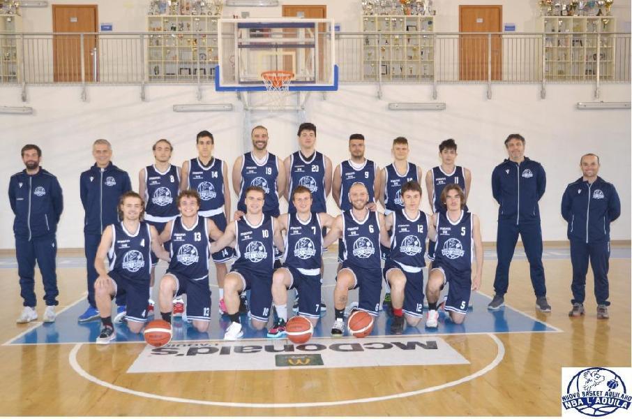 https://www.basketmarche.it/immagini_articoli/28-04-2021/basket-aquilano-pronto-esordio-coppa-centenario-magic-basket-chieti-600.jpg