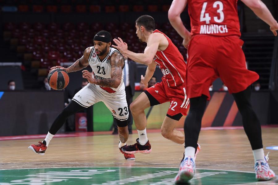 https://www.basketmarche.it/immagini_articoli/28-04-2021/euroleague-olimpia-milano-cade-campo-bayern-monaco-gara-600.jpg
