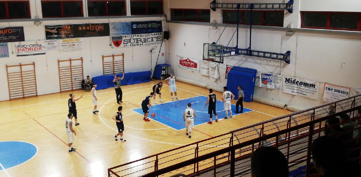 https://www.basketmarche.it/immagini_articoli/28-05-2019/regionale-finals-risultato-montemarciano-basket-giovane-tempo-reale-600.jpg