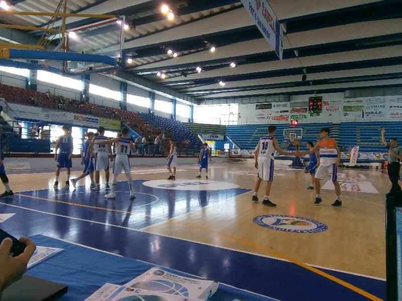 https://www.basketmarche.it/immagini_articoli/28-06-2019/finali-nazionali-under-punto-quarti-bassano-varese-desio-mestre-semifinali-600.jpg