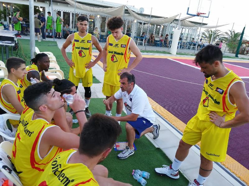 https://www.basketmarche.it/immagini_articoli/28-06-2019/roseto-summer-league-risultati-tabellini-prima-giornata-600.jpg