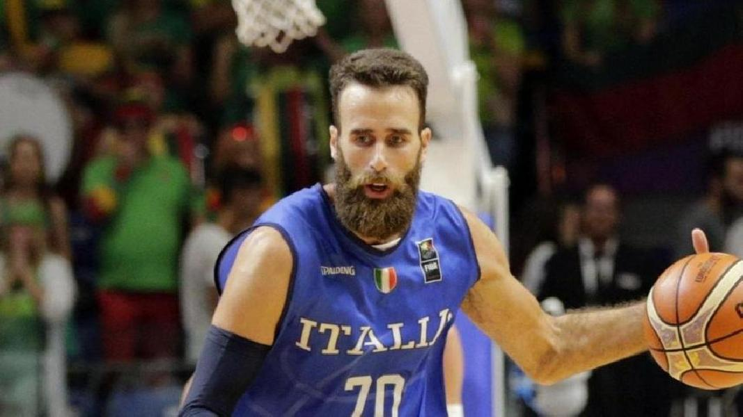 https://www.basketmarche.it/immagini_articoli/28-06-2020/olimpia-milano-avvicina-fumata-bianca-ritorno-italia-gigi-datome-600.jpg
