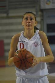 https://www.basketmarche.it/immagini_articoli/28-07-2018/serie-b-nazionale-il-basket-girls-ancona-conferma-il-capitano-giulia-pierdicca-270.jpg