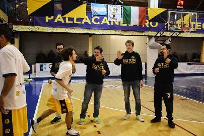 https://www.basketmarche.it/immagini_articoli/28-07-2018/serie-c-gold-sutor-montegranaro-confermato-l-intero-staff-tecnico-per-la-prossima-stagione-270.jpg