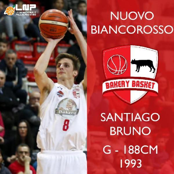 https://www.basketmarche.it/immagini_articoli/28-07-2019/ufficiale-argentino-santiago-bruno-giocatore-bakery-piacenza-600.jpg