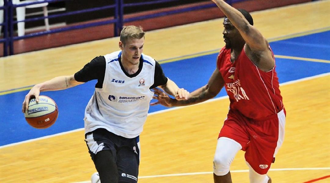 https://www.basketmarche.it/immagini_articoli/28-07-2020/ufficiale-latina-basket-conferma-gabriele-benetti-600.jpg