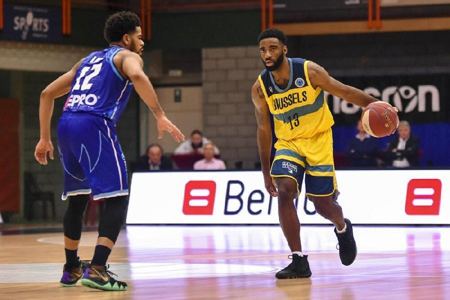 https://www.basketmarche.it/immagini_articoli/28-07-2021/ufficiale-laquila-basket-trento-firma-lesterno-desonta-bradford-600.jpg