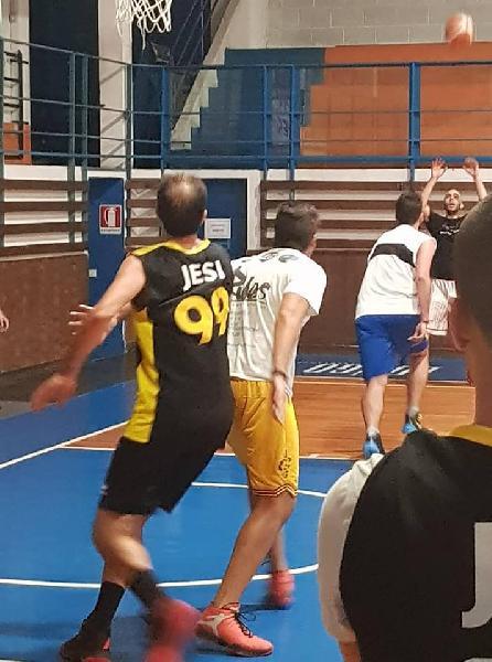 https://www.basketmarche.it/immagini_articoli/28-09-2018/luci-ombre-prima-uscita-stagionale-basket-jesi-titans-jesi-600.jpg