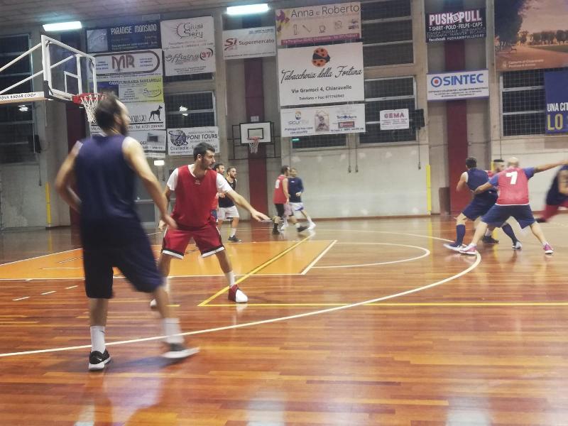 https://www.basketmarche.it/immagini_articoli/28-09-2018/montemarciano-supera-amichevole-leone-ricci-chiaravalle-600.jpg