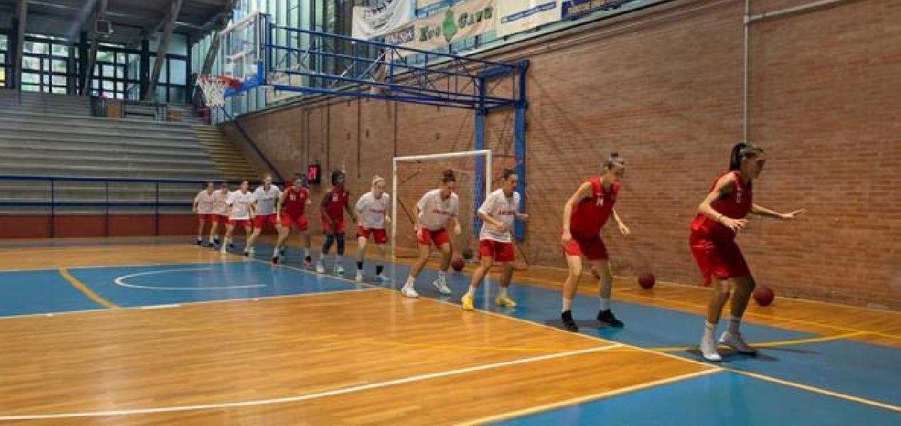 https://www.basketmarche.it/immagini_articoli/28-09-2019/preseason-basket-girls-ancona-chiude-convincente-vittoria-perugia-600.jpg