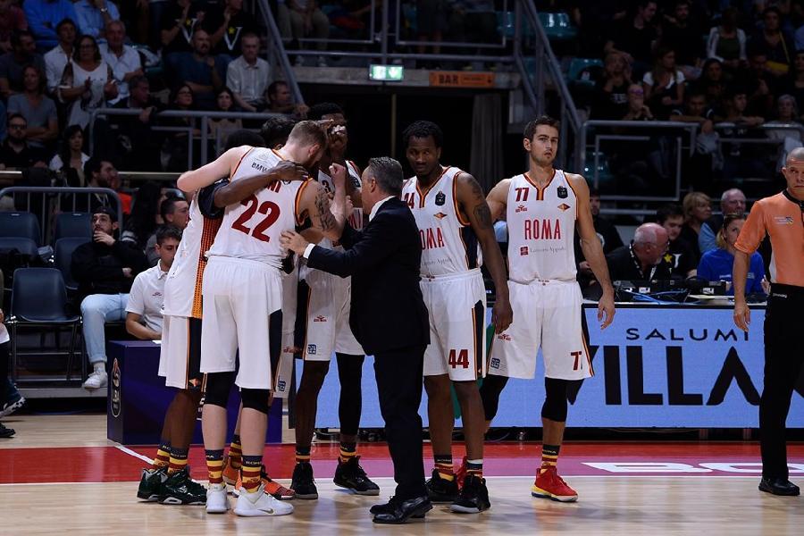 https://www.basketmarche.it/immagini_articoli/28-09-2019/virtus-roma-coach-bucchi-ripartiamo-dalle-cose-positive-viste-bologna-brindisi-squadra-livello-600.jpg