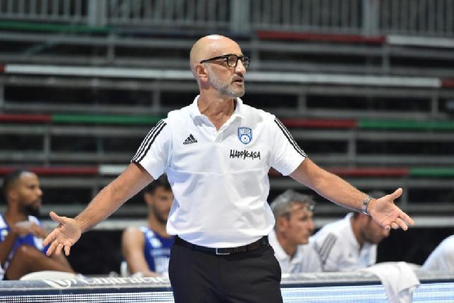 https://www.basketmarche.it/immagini_articoli/28-09-2020/brindisi-coach-vitucci-minuti-appannamento-sono-costati-partita-600.jpg