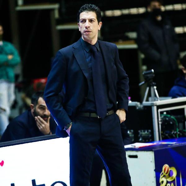 https://www.basketmarche.it/immagini_articoli/28-09-2021/coach-antimo-martino-risolve-pallacanestro-reggiana-libera-fortitudo-bologna-600.jpg