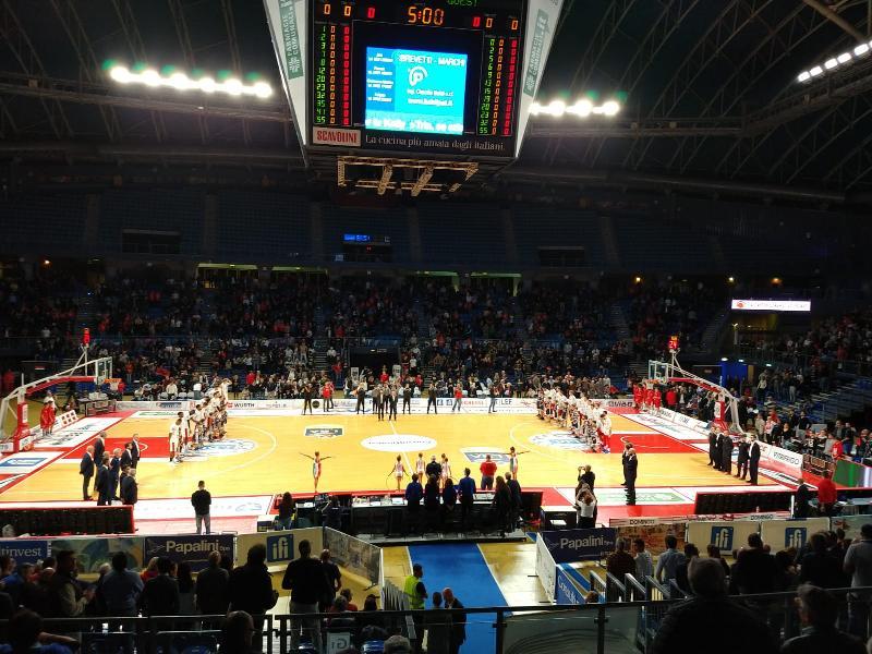 https://www.basketmarche.it/immagini_articoli/28-10-2018/pagelle-vuelle-pesaro-olimpia-milano-blackmon-james-migliori-squadre-600.jpg
