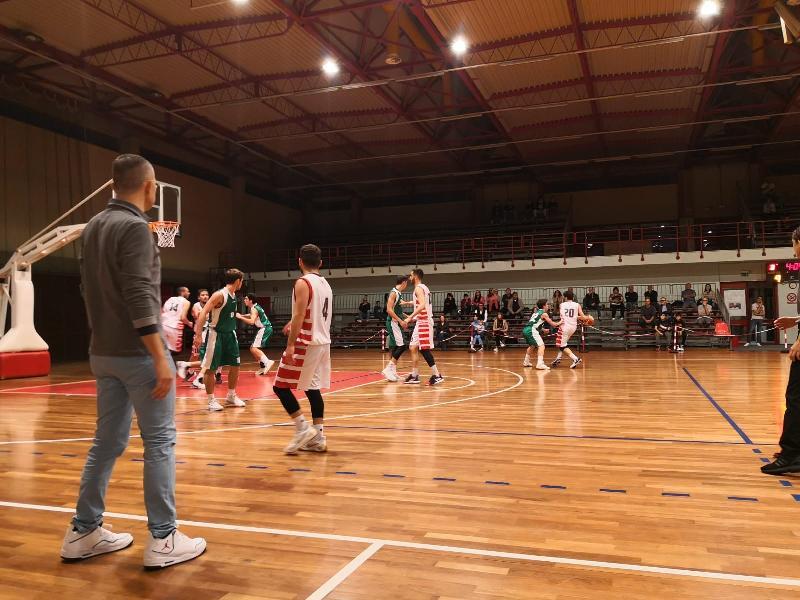 https://www.basketmarche.it/immagini_articoli/28-10-2019/settimana-positiva-squadre-senior-basket-tolentino-600.jpg