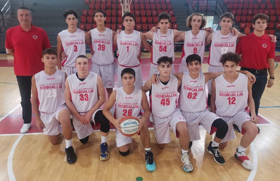 https://www.basketmarche.it/immagini_articoli/28-10-2021/eccellenza-pallacanestro-senigallia-supera-nettamente-grottammare-basketball-600.jpg