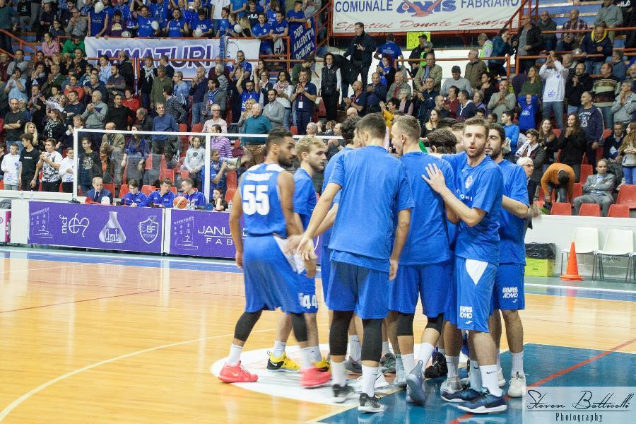 https://www.basketmarche.it/immagini_articoli/28-11-2018/porto-sant-elpidio-basket-romani-torresi-suonano-carica-vista-dopo-impegno-casalingo-600.jpg