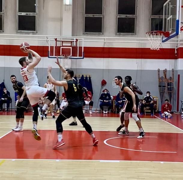 https://www.basketmarche.it/immagini_articoli/28-11-2020/pallacanestro-reggiana-amichevole-basket-torino-600.jpg
