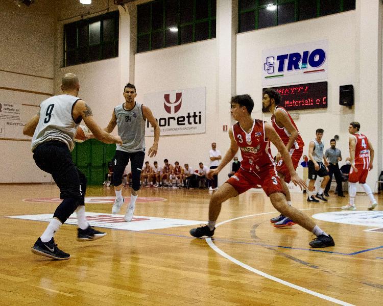 https://www.basketmarche.it/immagini_articoli/28-11-2020/virtus-civitanova-attesa-difficile-trasferta-campo-teramo-spicchi-600.jpg