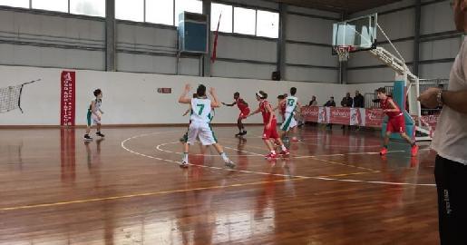 https://www.basketmarche.it/immagini_articoli/29-01-2018/under-14-elite-il-cab-stamura-ancona-supera-lo-sporting-porto-sant-elpidio-270.jpg