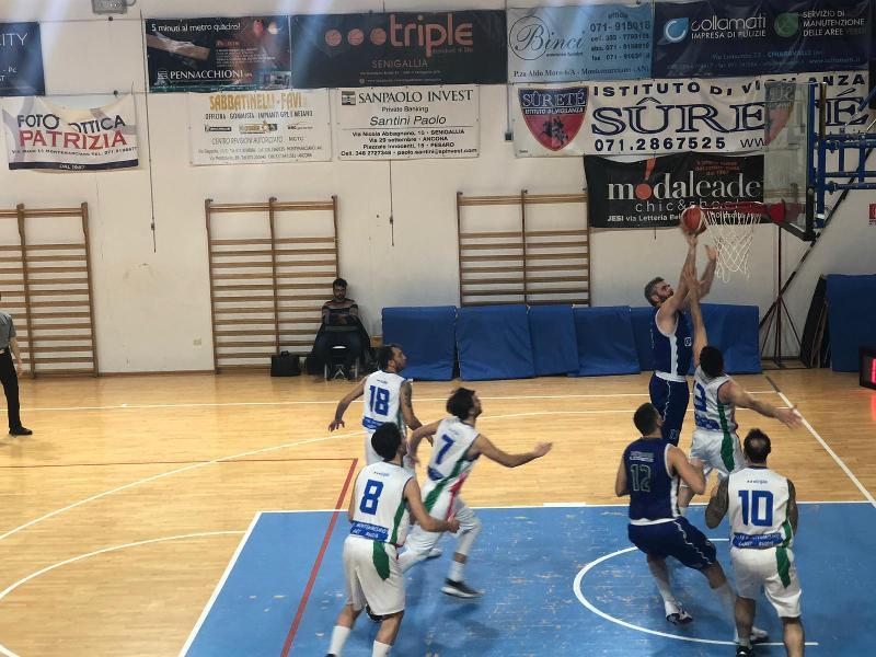 https://www.basketmarche.it/immagini_articoli/29-01-2020/montemarciano-vince-volata-scontro-diretto-bartoli-mechanics-600.jpg