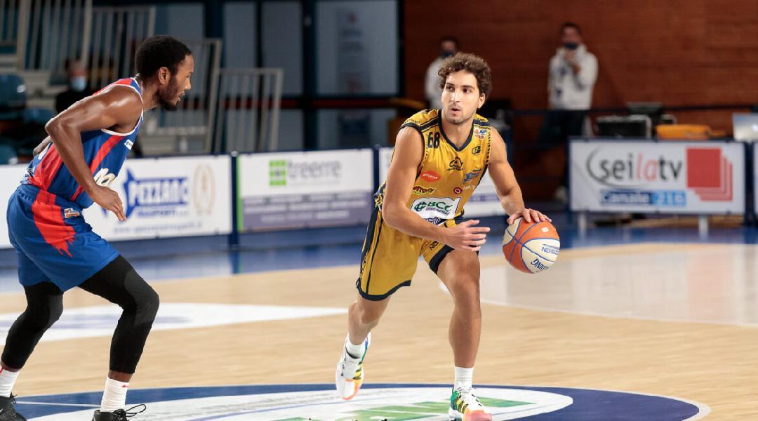 https://www.basketmarche.it/immagini_articoli/29-01-2021/ufficiale-lions-bisceglie-firmano-esterno-vincenzo-taddeo-600.jpg