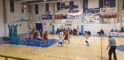 https://www.basketmarche.it/immagini_articoli/29-02-2020/regionale-andrea-nardini-guida-classifica-marcatori-girone-davanti-fantino-conte-120.jpg