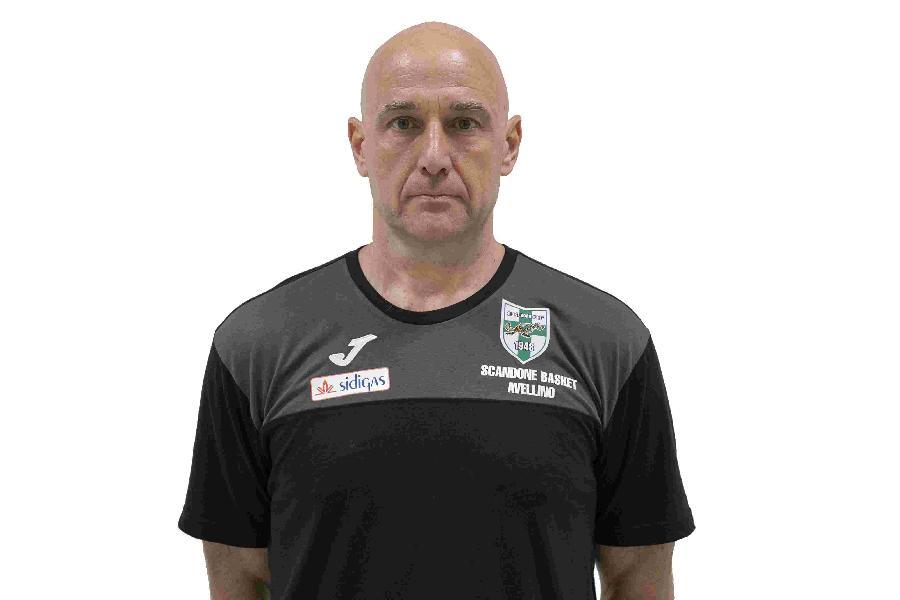 https://www.basketmarche.it/immagini_articoli/29-03-2019/scandone-avellino-coach-vucinic-pesaro-attende-partita-molto-importante-600.jpg