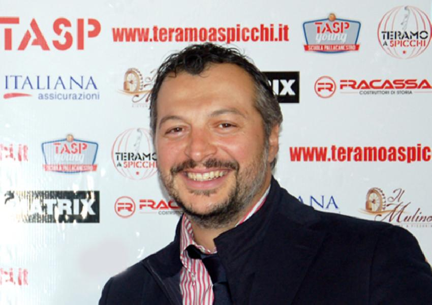 https://www.basketmarche.it/immagini_articoli/29-03-2019/teramo-spicchi-presidente-nardi-playoff-palacquaviva-stiamo-vivendo-momento-magico-600.jpg