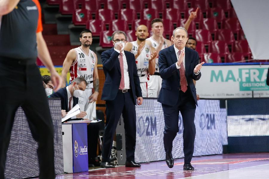 https://www.basketmarche.it/immagini_articoli/29-03-2021/olimpia-milano-coach-messina-nonostante-sconfitta-abbiamo-giocato-buona-partita-difensiva-600.jpg
