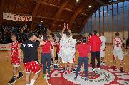 https://www.basketmarche.it/immagini_articoli/29-04-2019/teramo-spicchi-coach-stirpe-godiamo-passaggio-turno-adesso-testa-todi-120.jpg