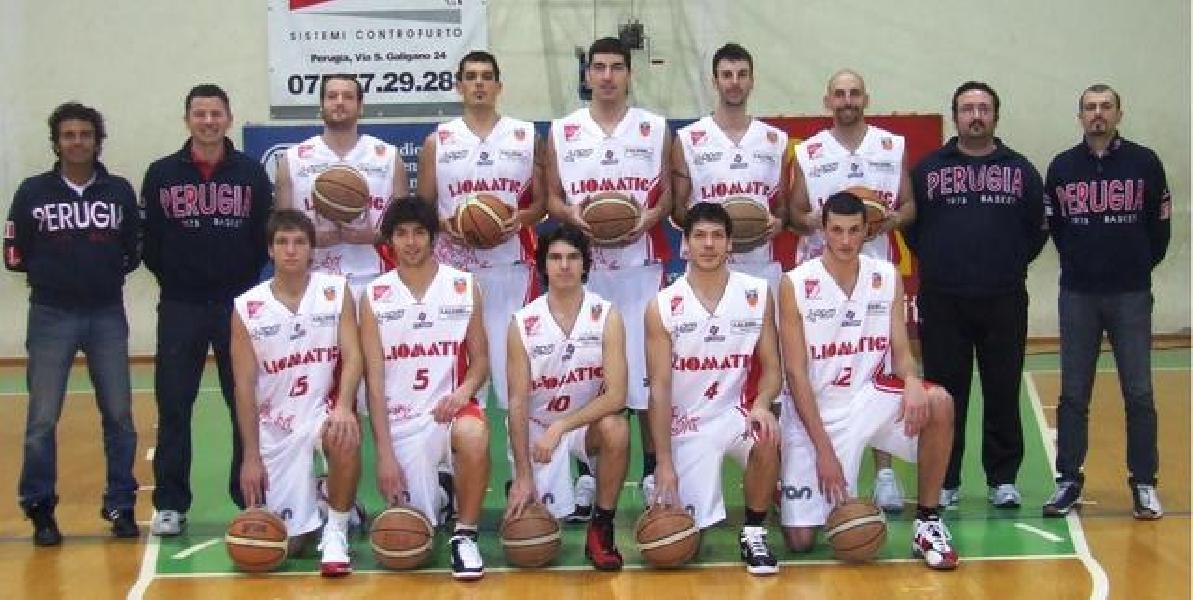 https://www.basketmarche.it/immagini_articoli/29-05-2019/maggio-2009-dieci-anni-grande-promozione-serie-dilettanti-perugia-basket-600.jpg
