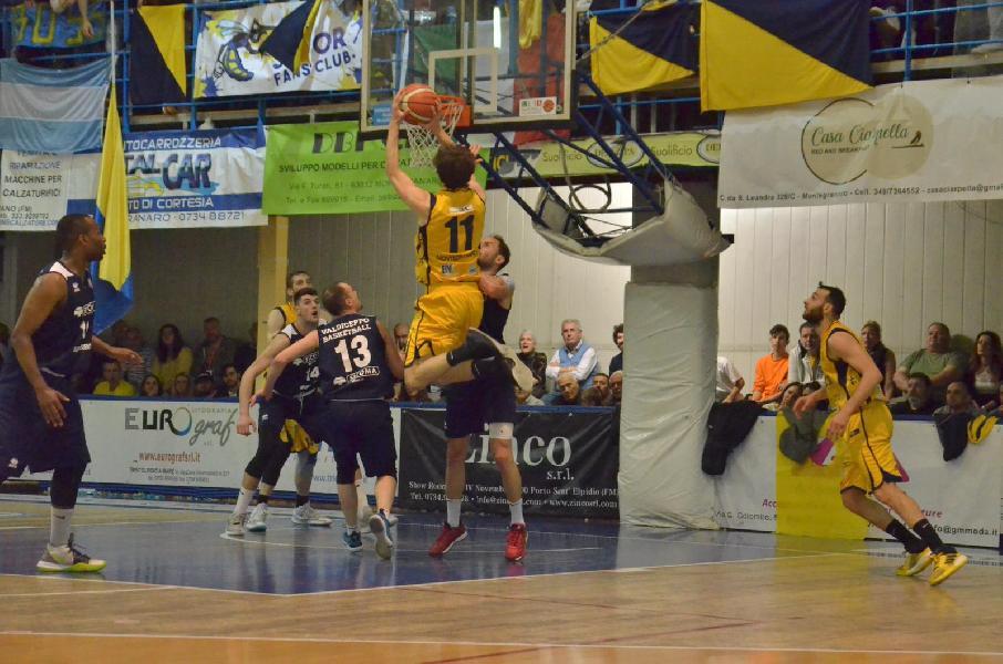 https://www.basketmarche.it/immagini_articoli/29-05-2019/sutor-montegranaro-apri-occhi-serie-nazionale-valdiceppo-battuto-600.jpg