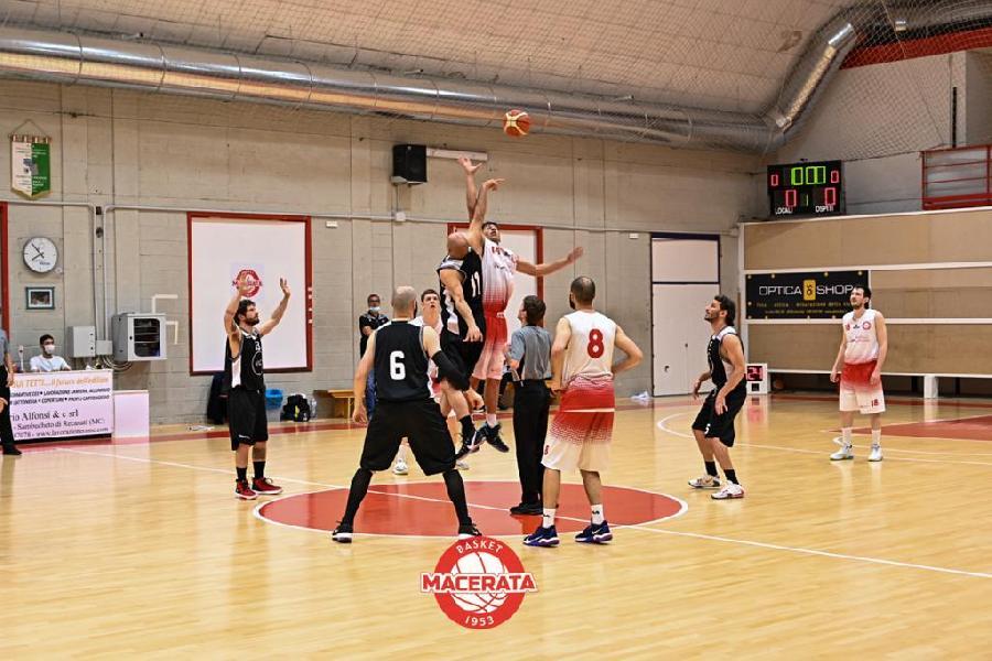 https://www.basketmarche.it/immagini_articoli/29-05-2021/basket-macerata-supera-88ers-civitanova-chiude-prima-fase-imbattuto-600.jpg
